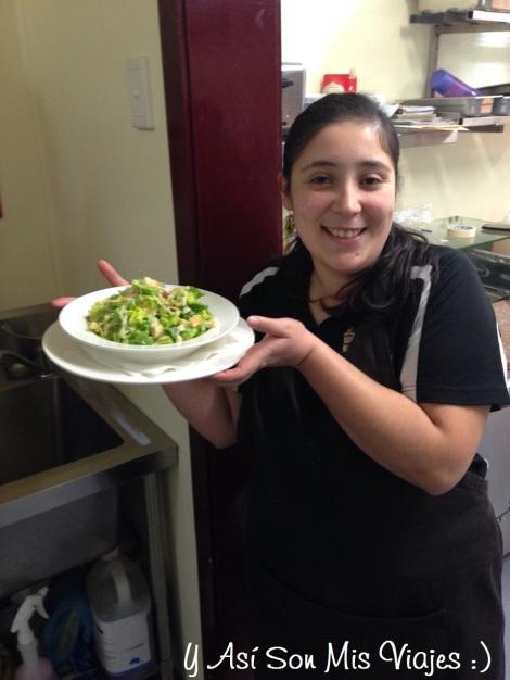 Una riquísima ensalada Cesar, por supuesto hecha por mi :)